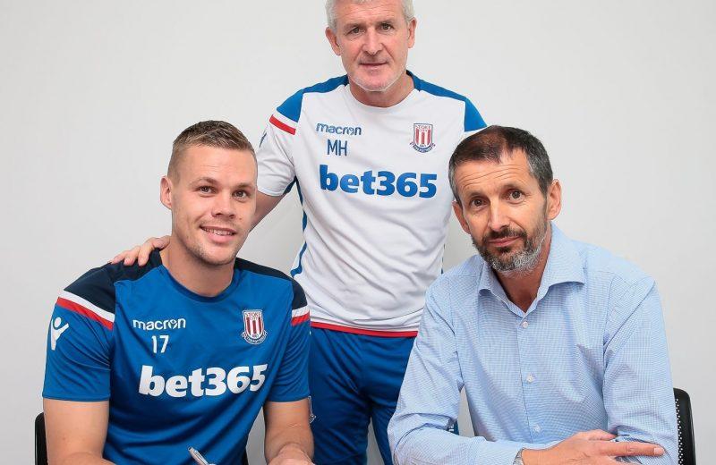 Shawcross commits future to Stoke