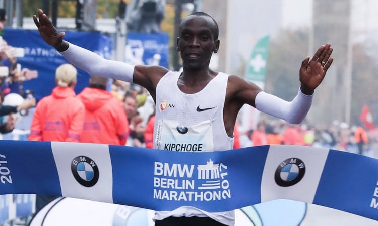 Kenyan Kipchoge sets new world record at Berlin Marathon